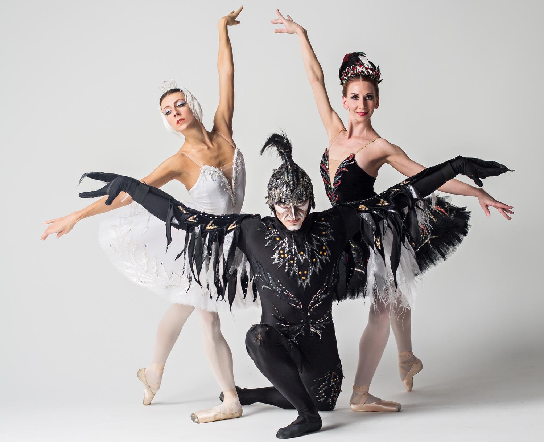 «Щелкунчик» и «Лебединое озеро» в исполнении «Русского балета» из Санкт Петербурга