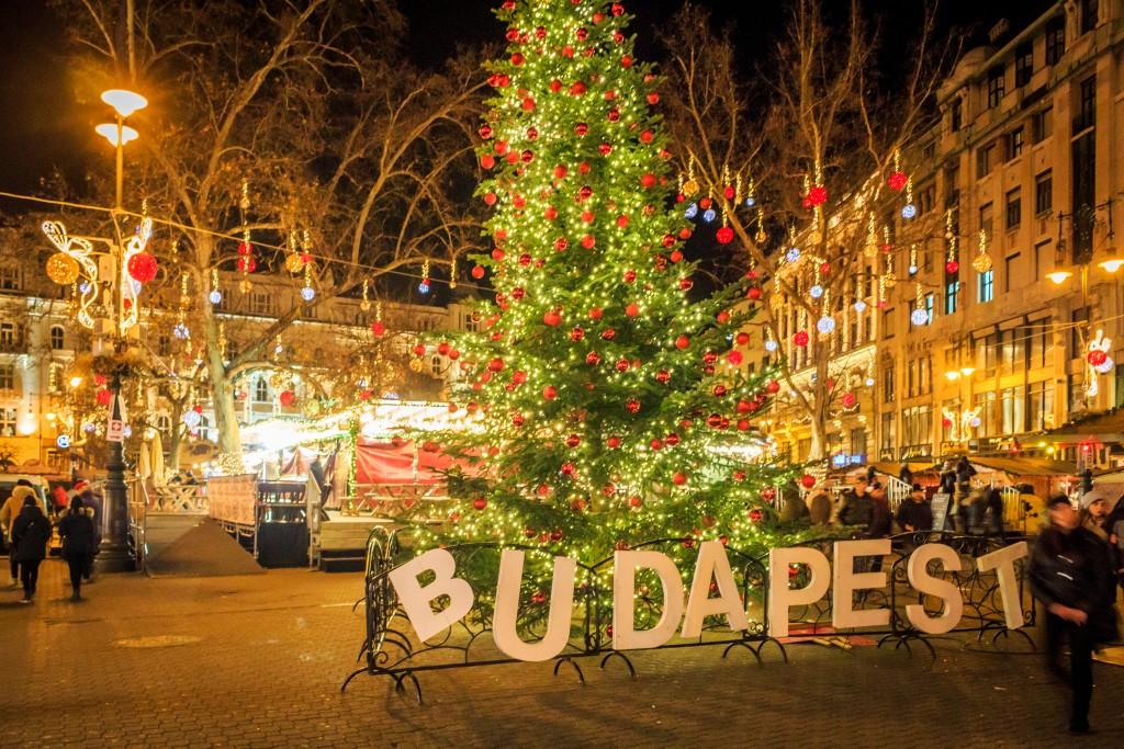 Рождественские ярмарки – водоворот веселья!