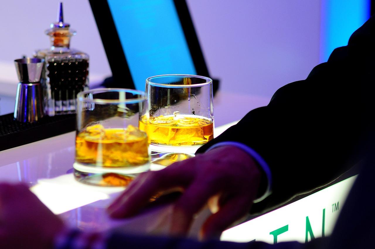 Какой алкоголь подарить на новый год мужчинам?
