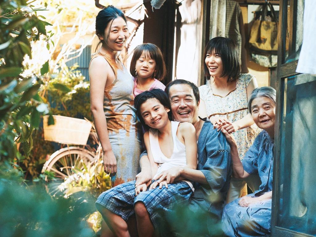 «Магазинные воришки»: о семье, о Японии и не только. В марте в Израиле – показ с титрами на русском языке