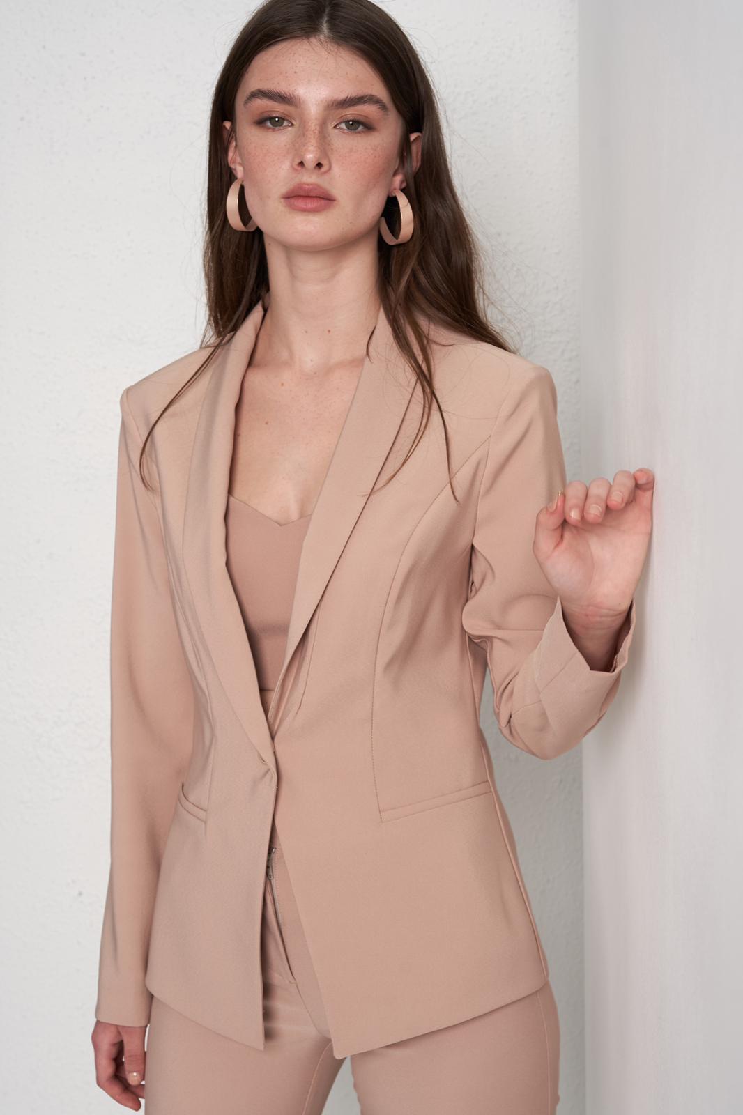 Isabella by Nili Marci – для стильных современных женщин