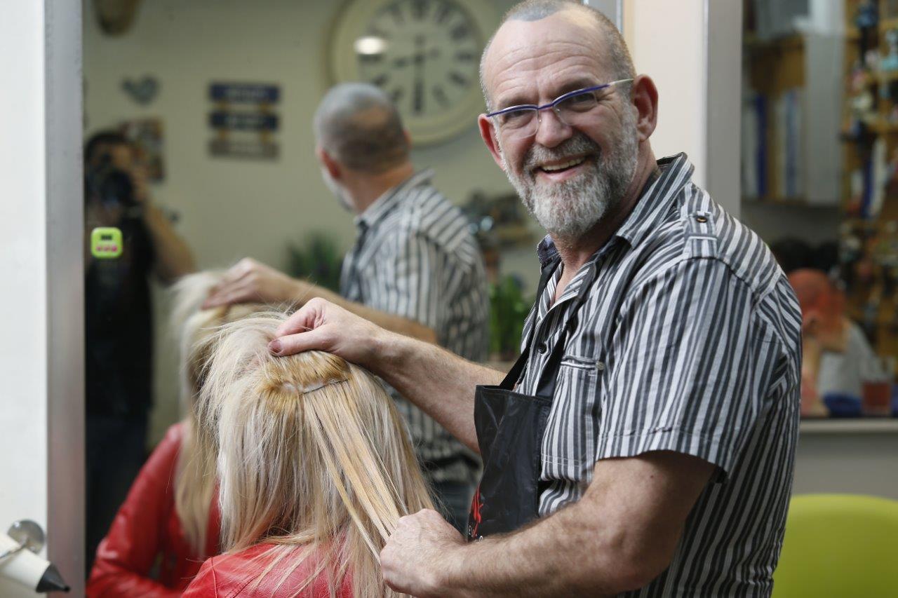 Новый революционный метод наращивания волос от Эли Коэна – легкое расчесывание без повреждения волос