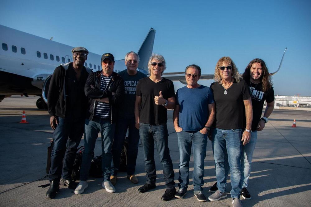 Bon Jovi прилетели в Израиль