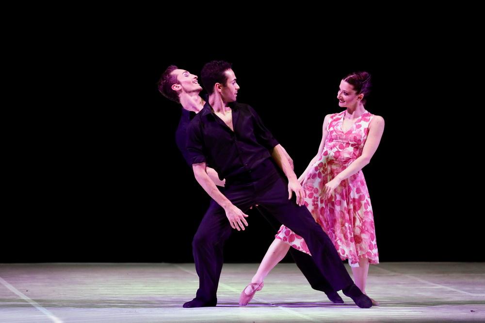 Balletto di Milano: танцующие шансонье и гипнотическое «Болеро»