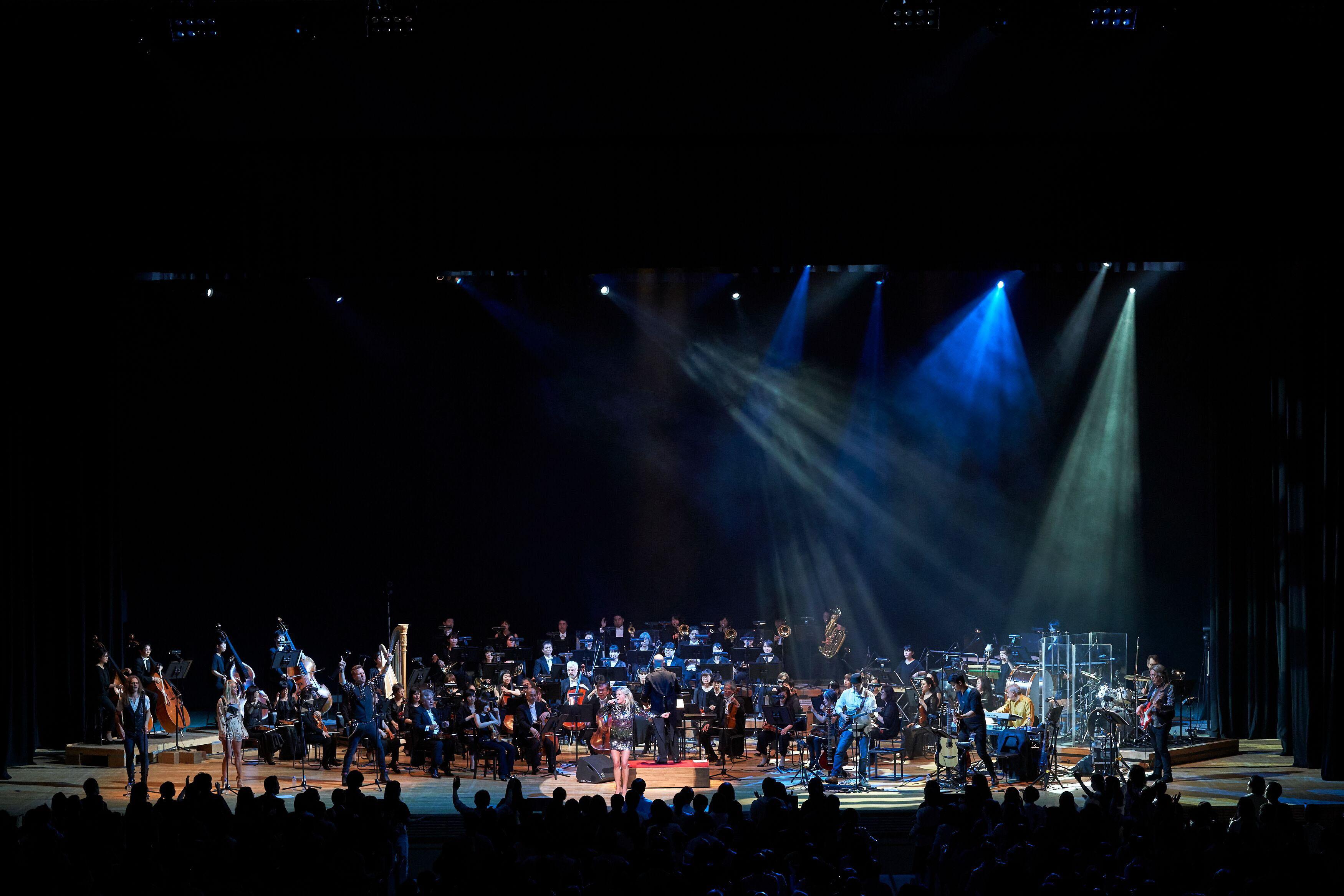 Впервые в Израиле – самое успешное мировое шоу Queen Symphonic:  A Rock & Orchestra Experience !