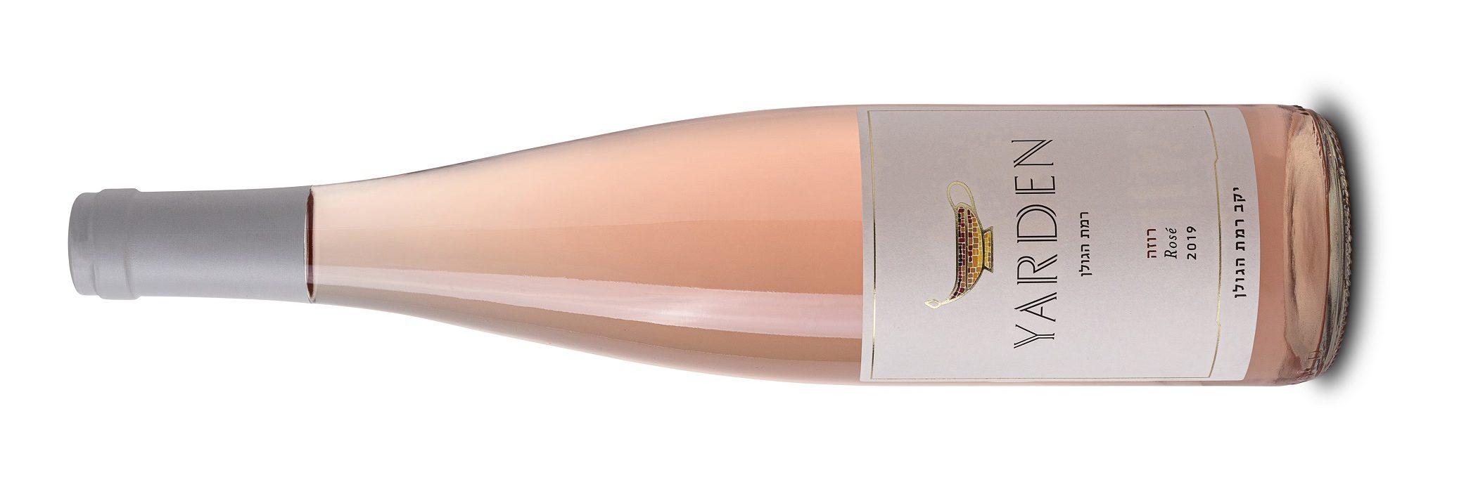 Розовое вино к «белому» празднику