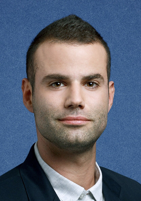 """Депутат от партии """"Еш Атид"""" Юрай Лахав потребовал от правительства помочь новым репатриантам встретиться с родными"""