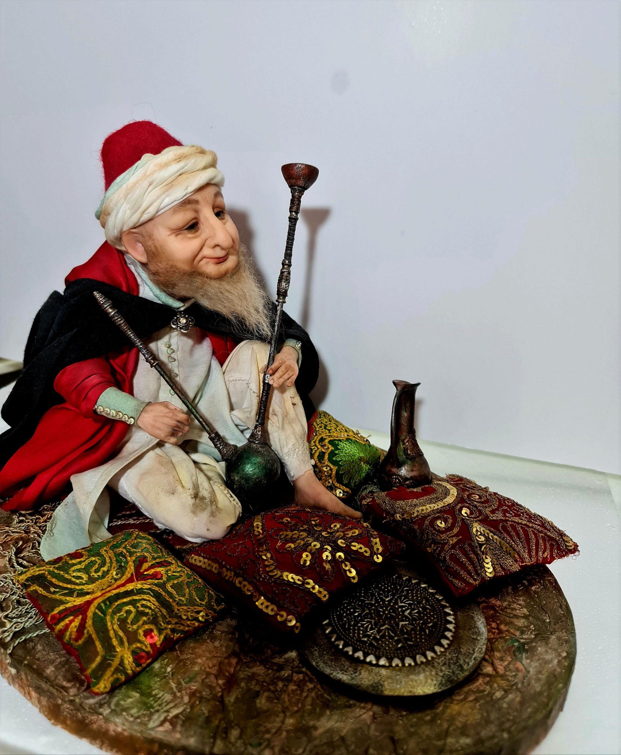 В Нетании открылась выставка авторской куклы.