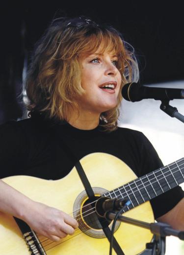 Нателла Болтянская:  песни в соавторстве с жизнью