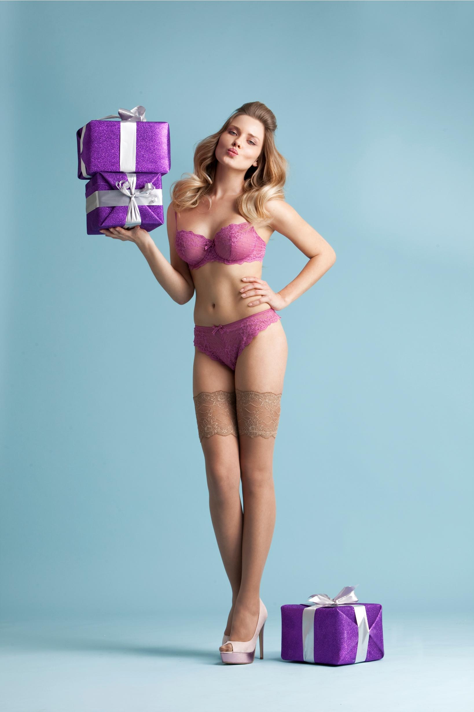 Купить Подарки женщинам на 8 марта в Киеве, цена 30
