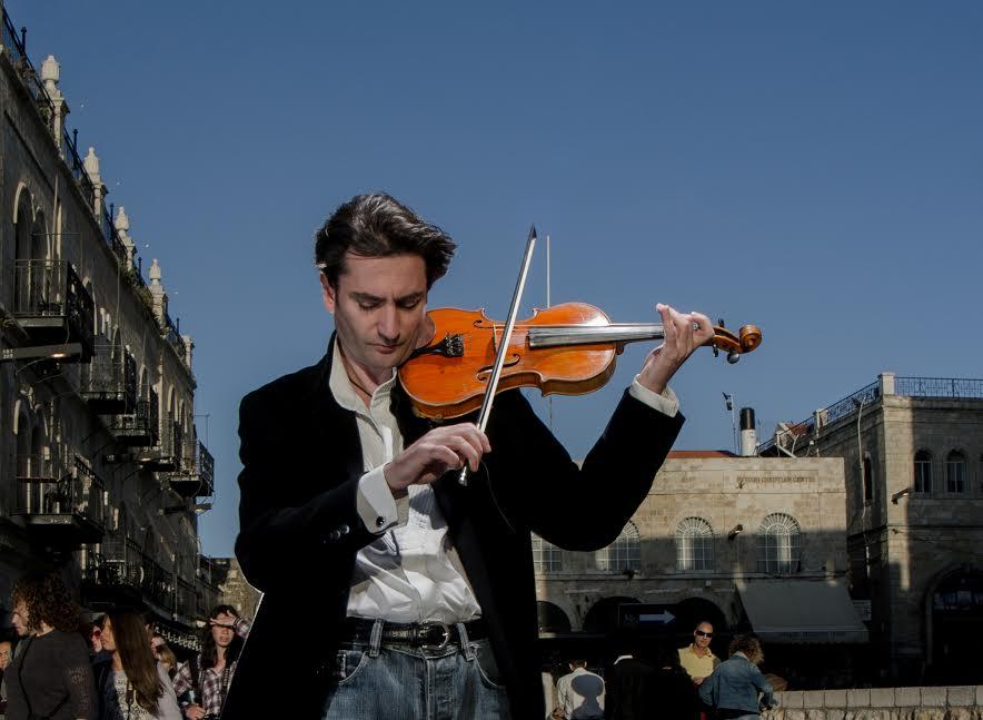 Саня Кройтор – скрипач, которого всегда вызывают на бис