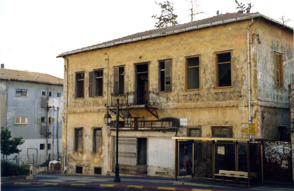 В Ришон ле-Ционе проводятся уникальные реставрационные работы