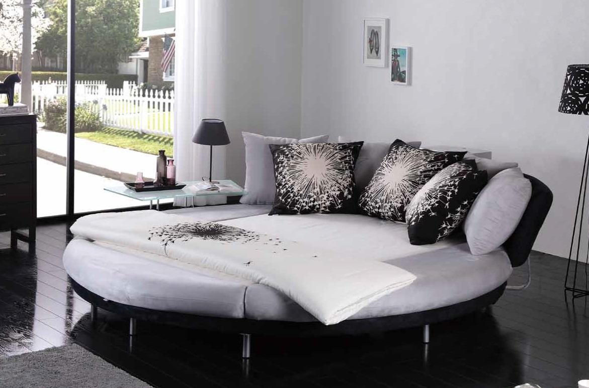 Новый тренд интерьерной моды: круглая кровать